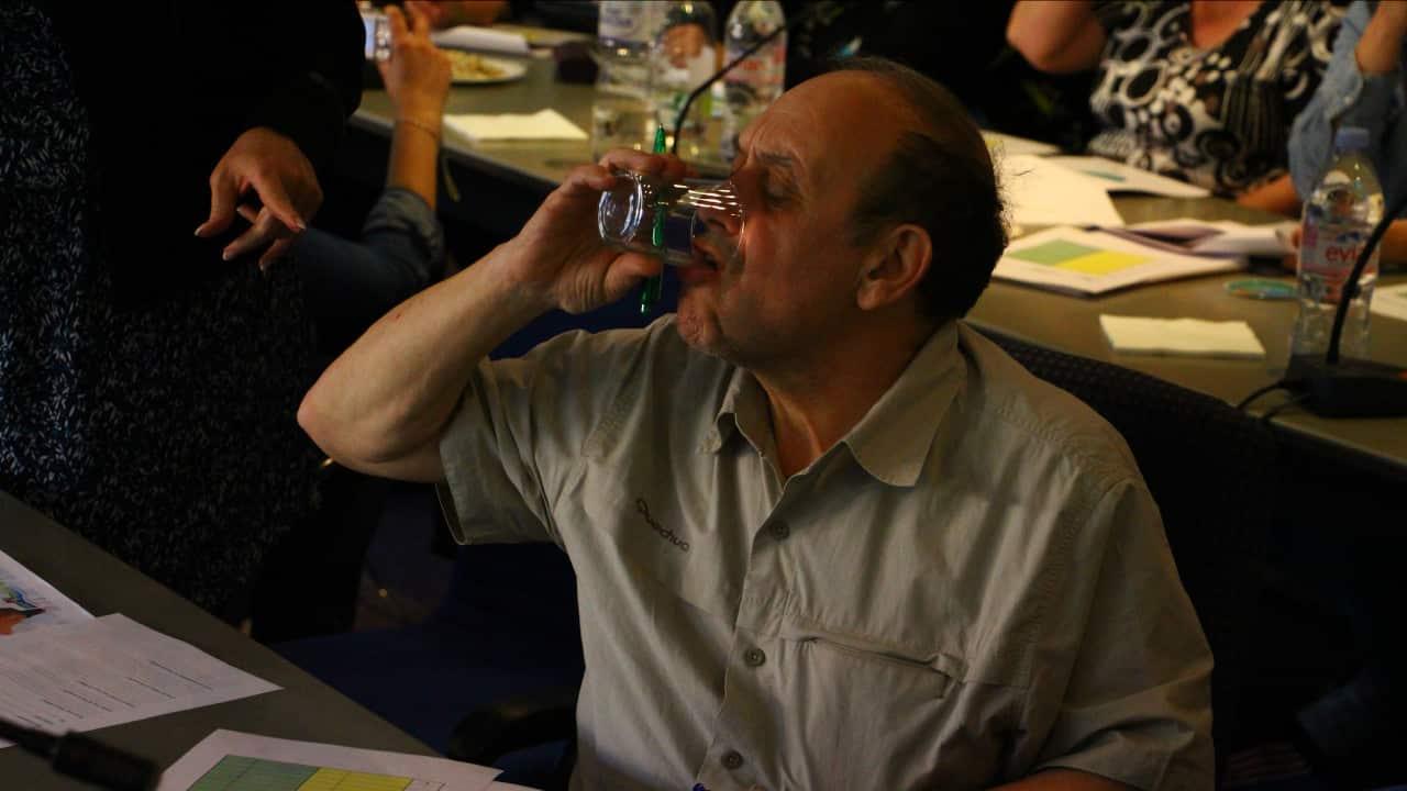 Goûteur d'eau